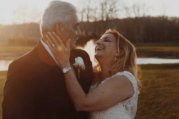 A woman and her husband are getting married after losing their sleep apnea weight.